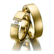 Alianças De Ouro 18k Retas 6mm 14gr Com 11 Diamantes