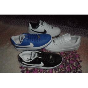 Calzado Colombiano Nike Force One.
