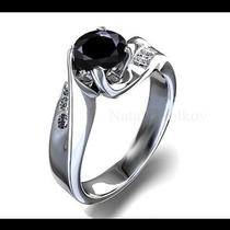 Anillo De Compromiso Con Diamante Negro .50ct En Oro 18k