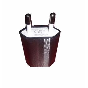 Adaptador universal para enchufes europeos en mercado for Adaptador enchufe mexico