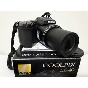 Câmera Digital Semi-profissional Nikon.