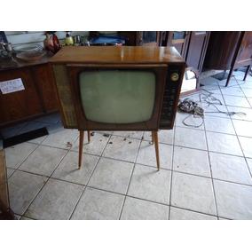 Televisão Anos 60 Pés Palito Marca Begliomini Em Muito Bom