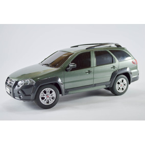 Fiat Palio Weekend Adventure Verde Musgo 1:18 Seminovo R/c
