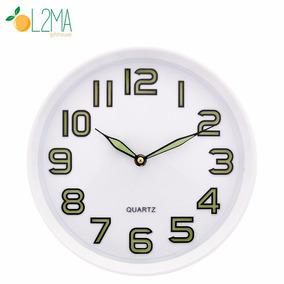 Relógio De Parede Que Brilha No Escuro Fluorescente 30cm