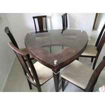 Mesa Com 6 Cadeiras De Madeira E Tampo De Vidro