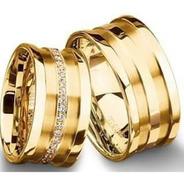 Alianças De Ouro 18k Retas 10mm 20gr Com 40 Diamantes