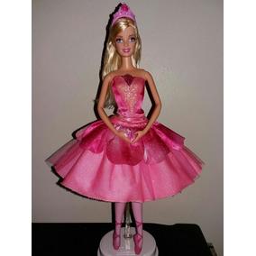 Boneca Barbie Princesa Sapatilhas Mágicas Filme Mattel Odete