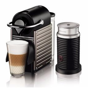 Cafetera Nespresso Pixie Titan Combo
