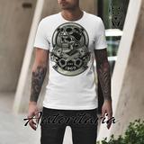 Camiseta Hombre Calavera Casco Bielas Autoritaria K240