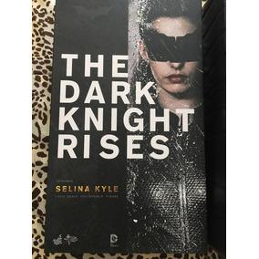 Catwoman The Dark Knight Rises Batman Hot Toys