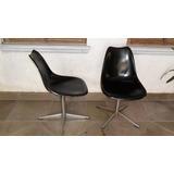 Antiga Cadeira Giratória Eames, O Par