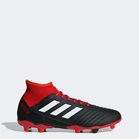Chimpunes Adidas Predator Negro - Hombres - Zapatillas en Mercado ... 42ce19be3f156