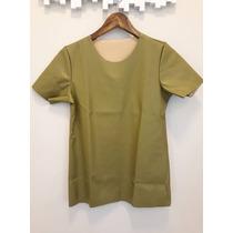Linda Blusa Com Manguinha T Shirts Em Couro Otima Qualidade