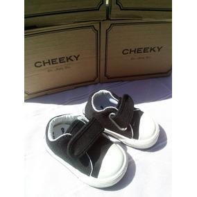 Cheeky Zapatillas Con Abrojo Negro Nuevas !!