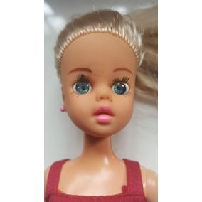 Boneca Susi Da Estrela - Com Top Vermelho E Brinquedos