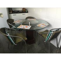 Mesa Com Tampo De Vidro, Base De Madeira, Com 6 Cadeiras.