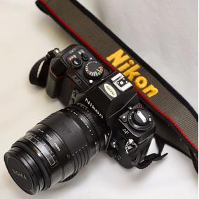 Camara Reflex Nikon N2020 + Sigma Zoom Af-a 1:3.5-4.5 135mm