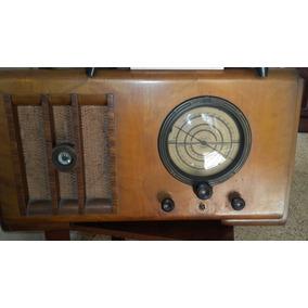 Radio Antigua De Los Años 30 Marca Pilot