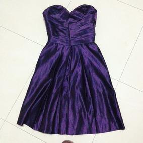 Vestido De Noche Strapless A La Rodilla Color Uva Satin