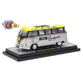 M2 Machines 1:24 Mooneyes - Volkswagen Microbus Deluxe Us