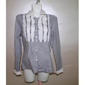 Camisa De Rayas Con Pequeños Holanes Elegante