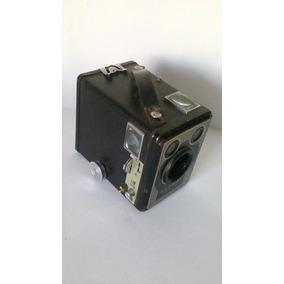 Antigua Camara Kodak Six-20 Brownie