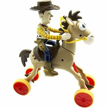 Boneco Woody E Bala No Alvo Galopantes Toy Story - Toyng