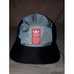 377032f1741fa Viseras Adidas Originales - Ropa y Accesorios Plateado en Mercado ...