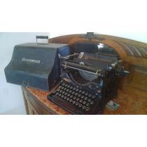 Maquina De Escribir Underwod Antigua