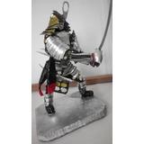 Figura En Latas Samurai Escultura Realista Espadas Armadura
