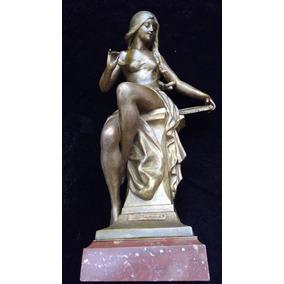 Estatua Art Nouveau Francesa, Doncella En Petit Bronze.