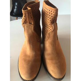 27ff833845e Zapatos Cerrados Color Camel Sofi Martire - Zapatos de Mujer en ...