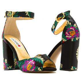 Zapatilla Elegante Con Pulsera Para Mujer Color Negro   Erez