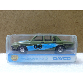 Bmw 305 - Pevi Dayco - 1:64 - Verde 06 - Plástico Duro