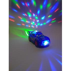 Carro De Polícia Com Luz E Som De Sirene Bate E Volta