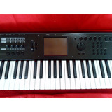 Teclado Workstation Korg M50 - 73 Teclas
