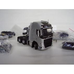 Kit Miniatura Caminhão Volvo Fh 6x4 1:50 Tekno = Arpra.