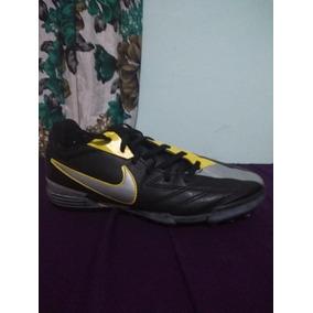 07e1de19f5 Chuteira Nike Society Total 90 Shoot - Chuteiras no Mercado Livre Brasil