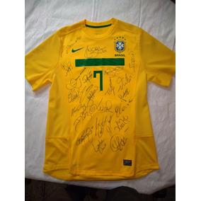 7ab2b87fe6 Camiseta Seleção Autógrafada Todos Os 22 Jogadores