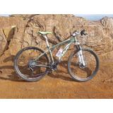 Bicicleta Fuji Tahoe 2.0 29er M (17) Xt M8000+proshock Onix