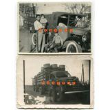 2 Antiguas Fotos Hombres Niños Con Camion Y Camioneta Chata