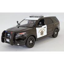 Ford Interceptor Patrulla Highway Patrol 1:18 Motormax