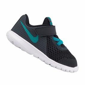 67b96dc7eed Bota Nike Infantil Tamanho 22 - Tênis Nike Meninos 22 no Mercado ...