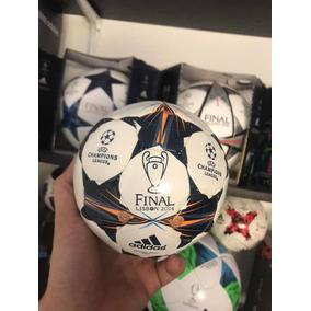 aca626046ba49 Mini Balón adidas Final Lisboa 2014 Champions League Talla 0