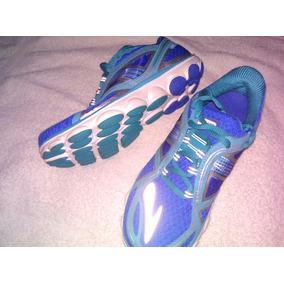 Zapatos Deportivos Marca Brooks Talla 35.5