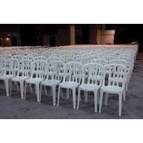 Lote De 15 Jogos De Mesas Com 60 Cadeiras Brancas Plástico