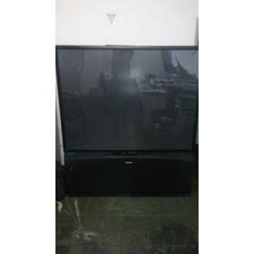 Televisor Cinema Series 71 Marca Toshiba Stereo