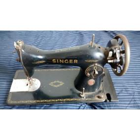 Máquina De Costura Singer Antiga No Estado
