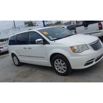 Chrysler Town & Country 2011 2011