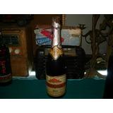 Antigua Botella Cerrada De Vino Gasificado Nebiolo Royal